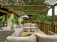 guest-outdoor-lounge